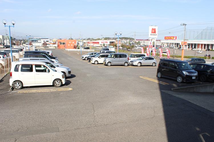 サウススクエア 北口側 無料駐車場
